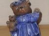 Teddymutter mit Häubchen